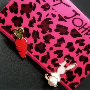 NWT Betsey Johnson Rabbit and Carrot Earrings